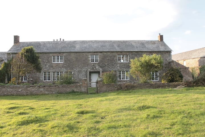 Stowe Barton Bed and Breakfast