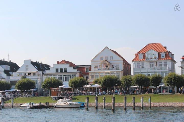 Ferienwohnung Travemünde, strandnah - Lübeck - Appartement