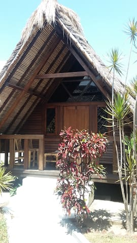 Bungalow 2 - Coral Palms - Central Sekotong