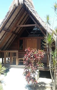 Coral Palms - Bungalow 2 - Central Sekotong