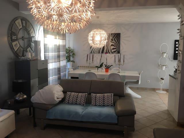 Chambre individuelle - La Bonneville-sur-Iton - Casa