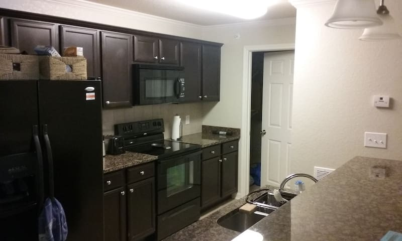 Affordable Luxury Apartment with Gated Entrance - Chattanooga - Apartamento