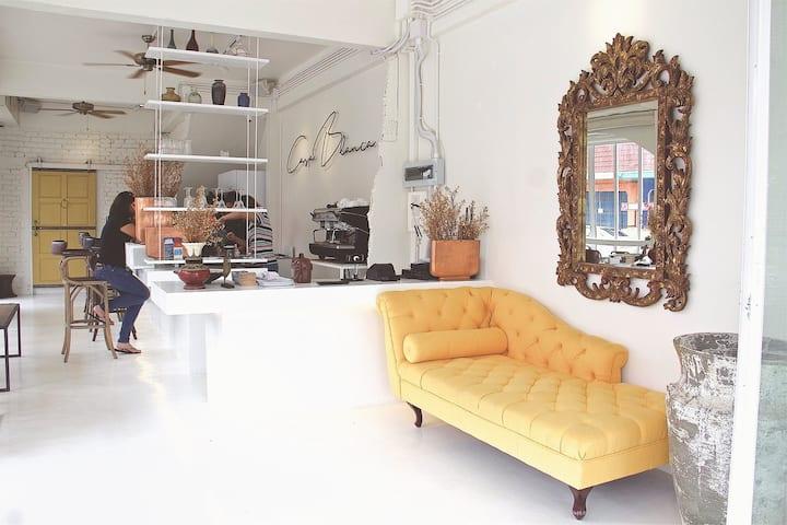 Casa Blanca by Ben Jamaal Interior Designer