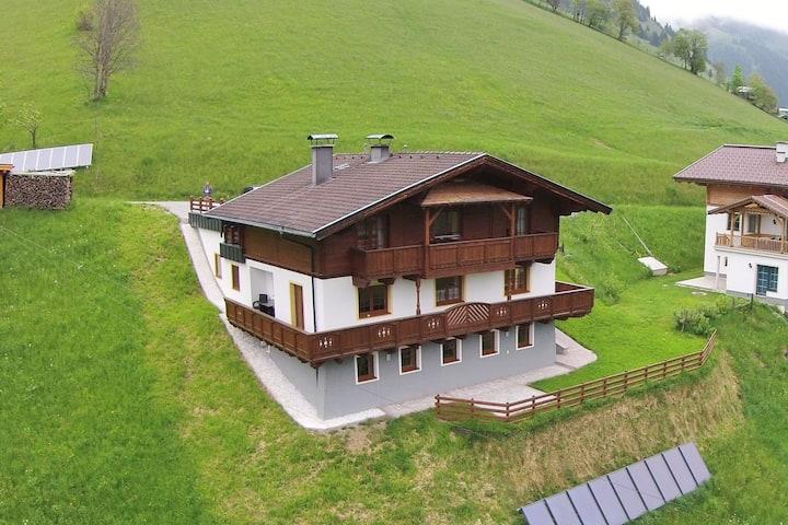 Appartement confortable près du domaine skiable de Großarl