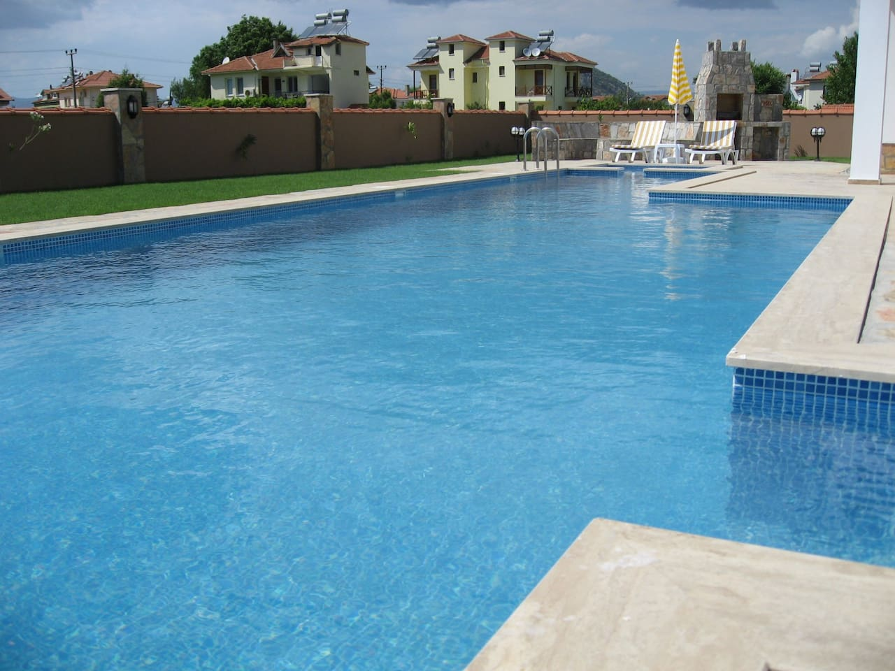 14 metre length private swimming pool