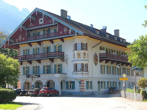 2-room holiday apartment at historical Burghotel