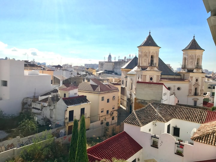 The Black Rose Rooftop Malaga City Center