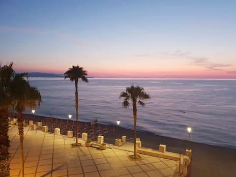 Impresionante refugio de vacaciones junto al mar