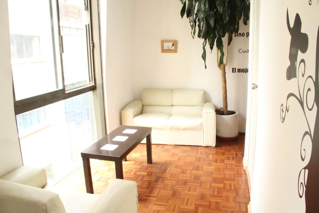 "GREAT LOCATION  ""ZONA ROSA"""