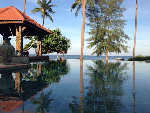 Luxury Beach House with Pool - Ko Lanta Yai - Talo