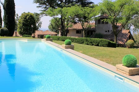 Deluxe Villa with pool near Rome - Poggio Mirteto - Casa de camp