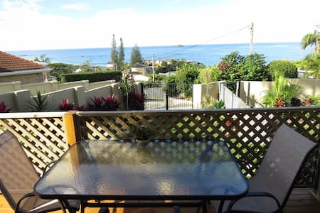 Fully self contained studio - Sapphire Beach