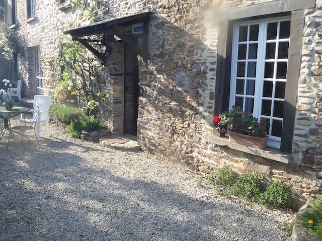 Gite de la Maison Bocaine - Campandré-Valcongrain - Rumah