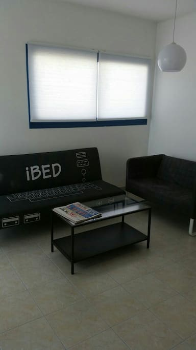 """Beautiful hightech touch salon  the """"ibed"""" open to double bed"""
