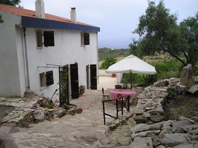 Casa in posizione panoramica - Carloforte - Hus