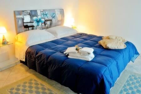 Camera con bagno privato - Baunei - Bed & Breakfast