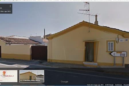 ACOGEDORA CASA RÚSTICA EN PITILLAS - Pitillas - House