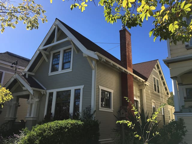 Spacious Restored Downtown Craftsman