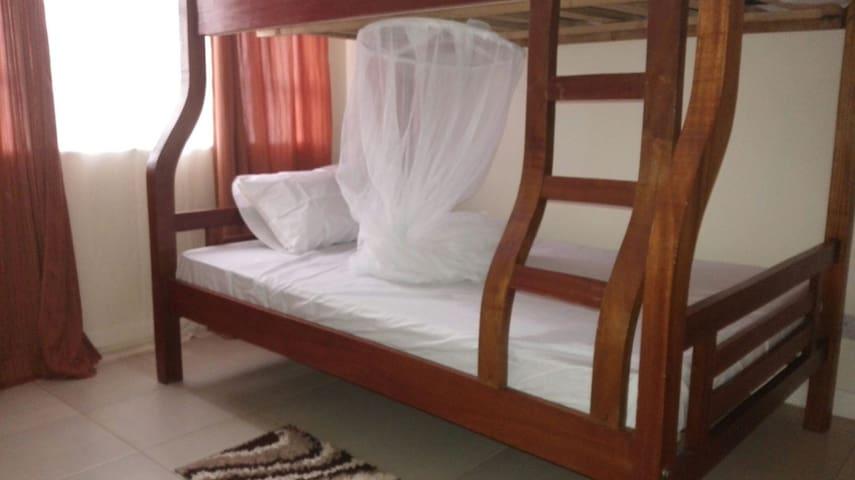 Jomo kenyatta Nest - Nairobi