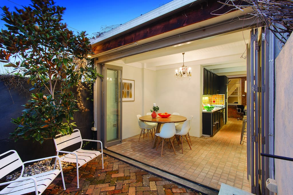 Sunny blue cottage south melbourne maisons louer - Maison entrepot melbourne en australie ...
