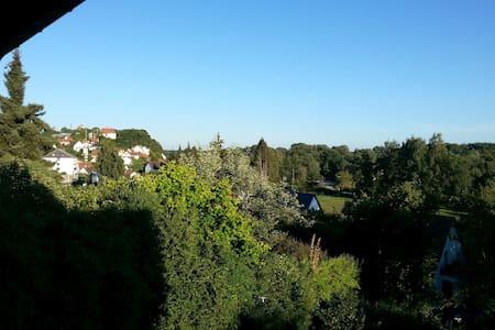 8er WG in schöner Lage - Freising