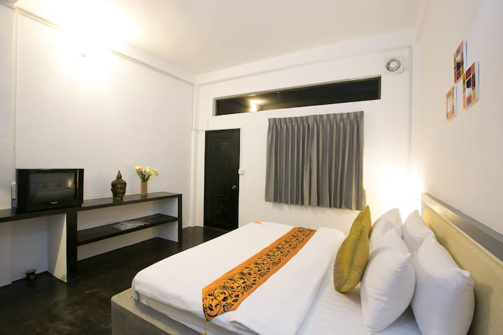 Owl Inn - Superior double & balcony - Krong Siem Reap - Bed & Breakfast