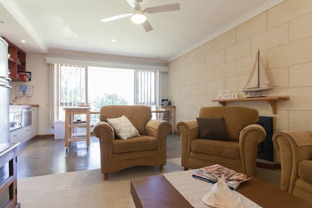 Fully self contained Bungalow - Sorrento - House