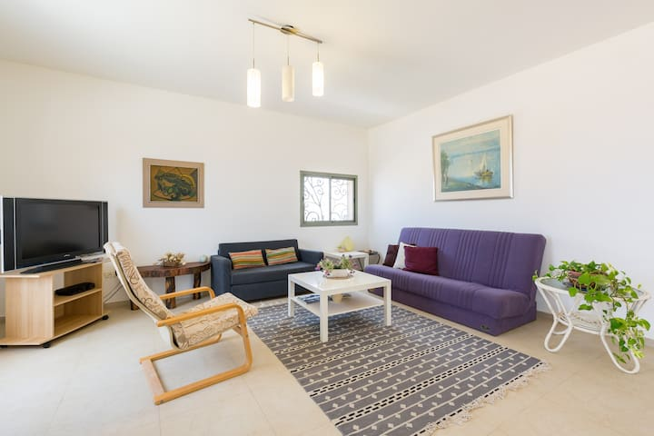 Spacious 2 bedrooms near the beach - Ashkelon - Lakás
