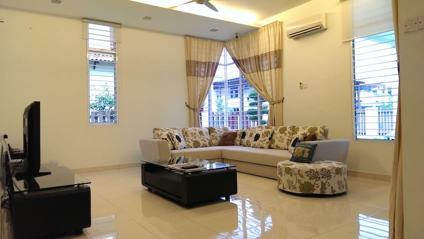 kong.oi homestay in Bukit Mertajam - Bukit Mertajam - บ้าน