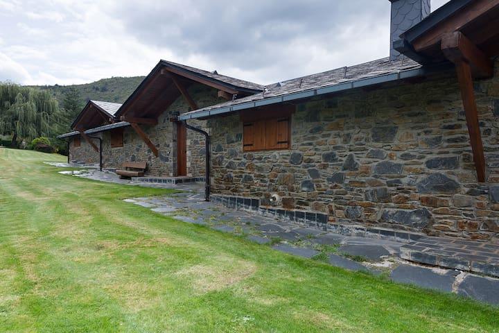 Casa vistas espectaculares en Queixans/Puigcerdà