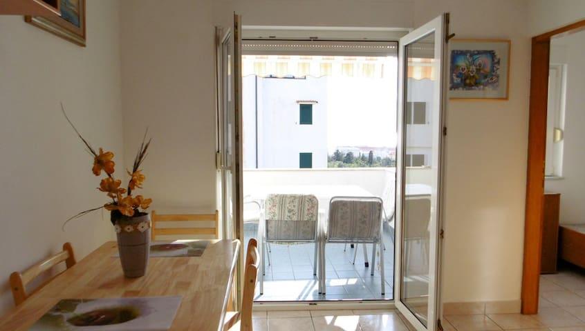 Modern sea view apartment Iva - Novalja - Leilighet