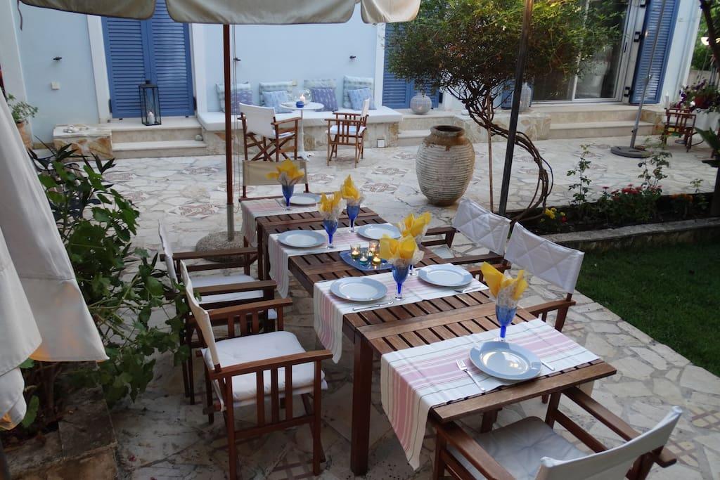 Dining at the Veranda