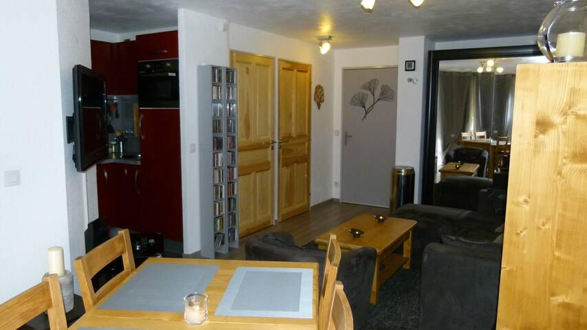 Appartement 2pieces 30m2+ parking Vars les Claux - Vars - Apartment