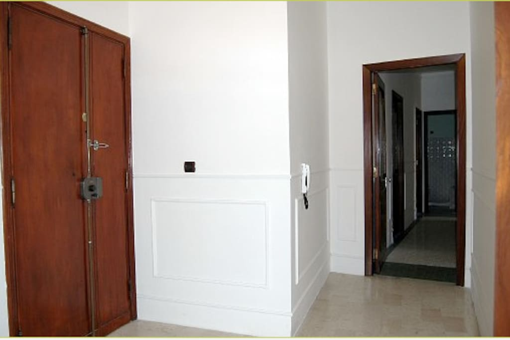 The entrance with the corridor