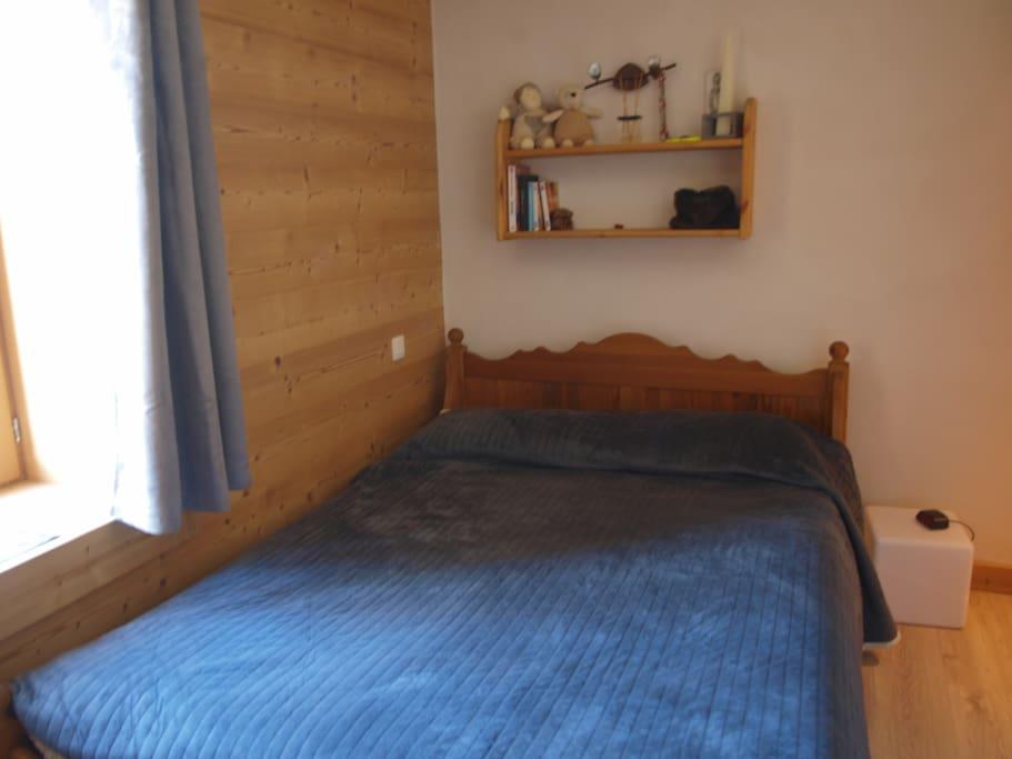 la chambre d 39 amis appartements louer les houches rh ne alpes france. Black Bedroom Furniture Sets. Home Design Ideas