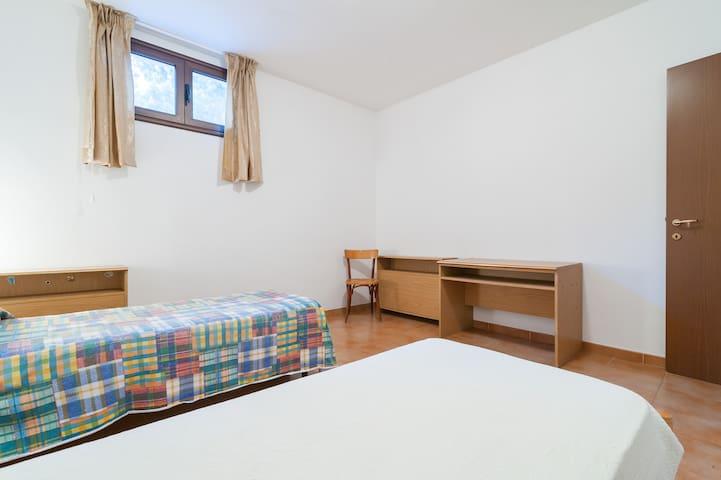 """Stanza Doppia Poggio """"Nora"""" - Poggio dei Pini - Apartament"""