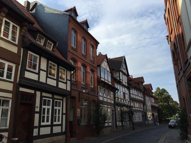 Wohnung im alten Fachwerkhaus - Hildesheim - Pis