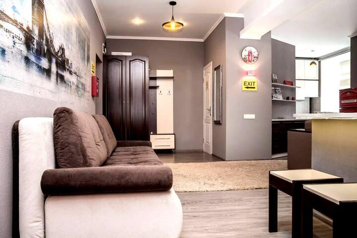 Comfortable apartment near railway