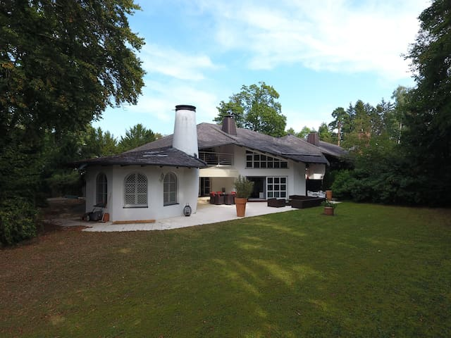 Luxus Villa in München - Grünwald