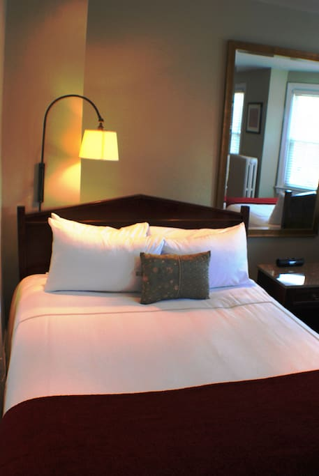 Very comfortable ironed white linen!