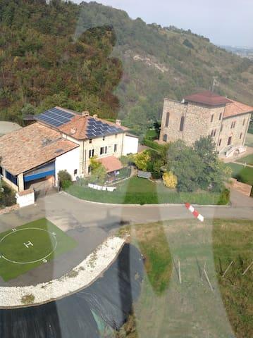 """Tenuta resort """"Il Poggio"""" - felegara - Rumah"""