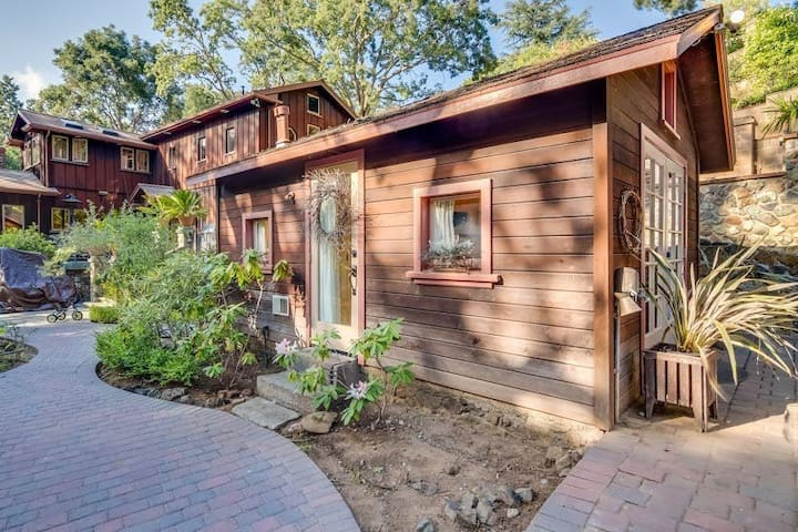 Charming Downtown Los Gatos Retreat