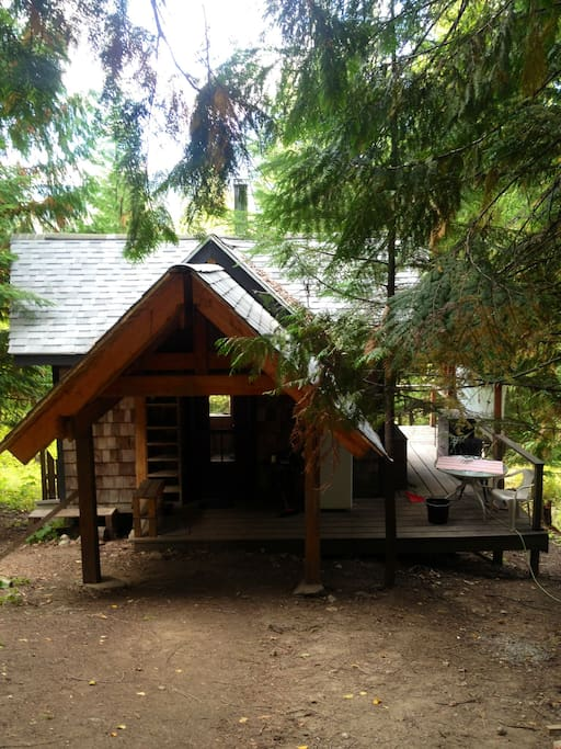 Kootenay country cabin chalet in affitto a nelson for Cabine in affitto a victoria bc
