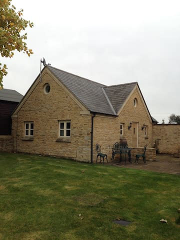 Woodend Cottage - Banbury