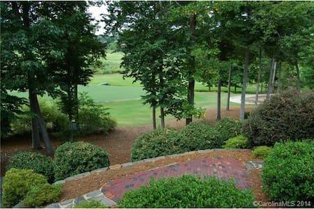Beautiful home on golf course! - Huntersville