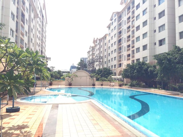 MRT/BTS/JJ Market Best value apartm