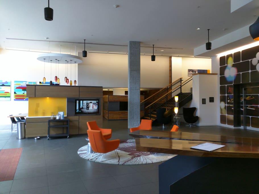 Beautiful lobby into apartment