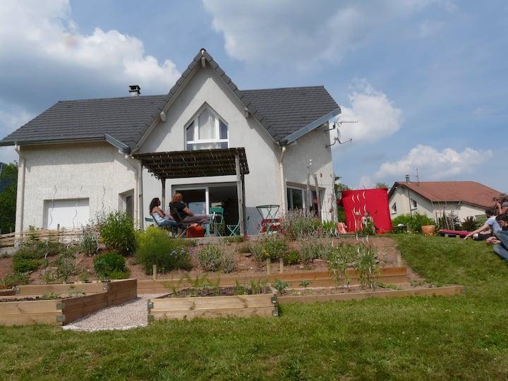 maison lumineuse à la campagne