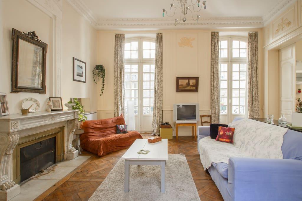 T2 centre historique parking payant 10 jour for Appartement a louer bordeaux centre t2