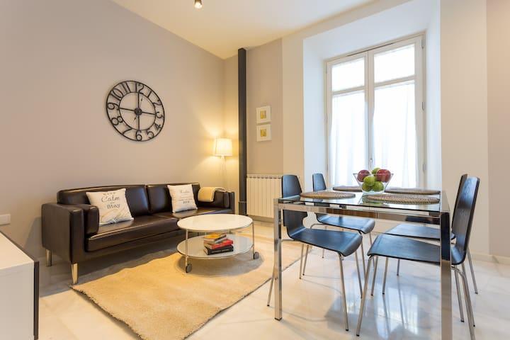 Best Located Apartment in Granada - Granada - Wohnung